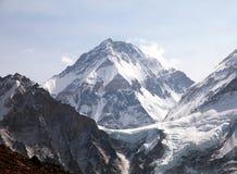 Montering Changtse, tibetan montering nära mt everest mt nepal Royaltyfri Bild