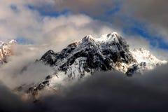 Montering Demirkazik, Aladaglar nationalpark arkivfoto