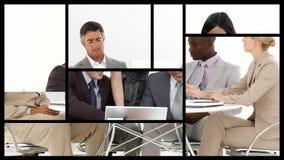 Montering die het commerciële team op elkaar inwerken voorstellen stock video