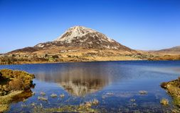Montering Errigal, Co Donegal Irland royaltyfria foton