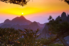 Montering huangshan Royaltyfria Bilder