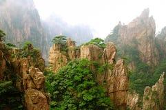Montering Huangshan Xihai Grand Canyon, oerhört porslin arkivbild
