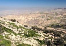 Montering Nebo i Jordanien Arkivbilder