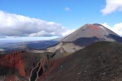 Montering Ngauruhoe och den röda krater Royaltyfri Bild
