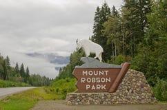 Montering Robson Provincial Park Arkivbild
