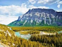 Montering Rundle, Banff nationalpark Royaltyfria Foton