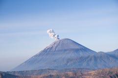 Montering Semeru, östliga Java Indonesia Arkivbilder