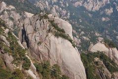 MonteringsHuangshan landskap arkivbild