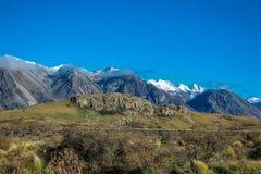 Monteringssöndag landskap, scenisk sikt av monteringen söndag och omgivning i Ashburton sjöområdet, södra ö, Nya Zeeland arkivbilder