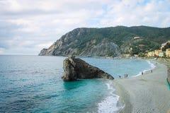 Monterosso-Bucht, Cinque Terre, Ligurien, Italien lizenzfreies stockfoto
