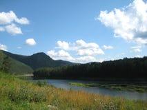 Montes do rio Fotografia de Stock Royalty Free
