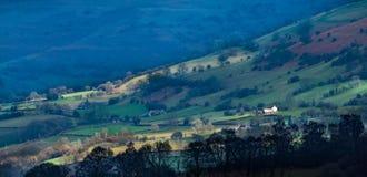 Montes pretos das montanhas Fotos de Stock Royalty Free