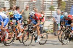 """MONTEVIDEO URUGUAY †""""APRIL 1, 2018: cyklister i den sista etappen, upplaga 75 av vueltaciclisticadel Uruguay Royaltyfri Fotografi"""