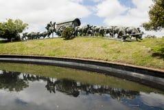 Montevideo - Uruguay - bronsbeeldhouwwerk van wagen en ossen Stock Afbeelding