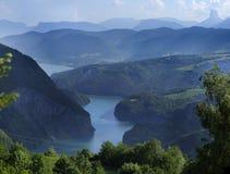 湖monteynard 免版税图库摄影