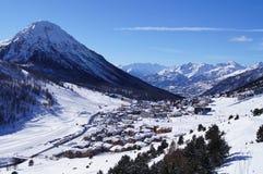 Montgenevre skidar semesterorten Arkivfoto