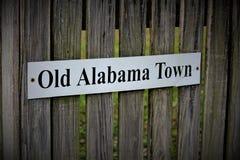 Montgomery, AL/Estados Unidos - 15 de abril de 2019: Muestra para la ciudad vieja de Alabama imagen de archivo libre de regalías