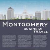 Montgomery Skyline con Grey Building, el cielo azul y el espacio de la copia Foto de archivo