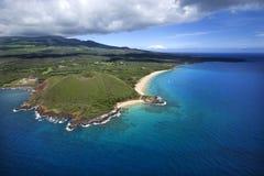 Monticello del cratere sul litorale. Fotografie Stock Libere da Diritti