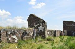 Monticule de Salbykskiy Pierres antiques dans la steppe de la Khakassie La Khakassie Stonehenge Photographie stock libre de droits
