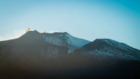 Montierung Ätna am Sonnenuntergang stockfotografie