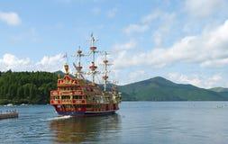 Montierungs-Segelboot Lizenzfreies Stockbild