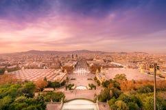 从Montjuic的巴塞罗那视图在日落 免版税图库摄影