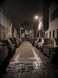 montmartre晚上街道 免版税图库摄影