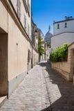 Montmartre, Rue Saint Rustique, Paris, França Foto de Stock