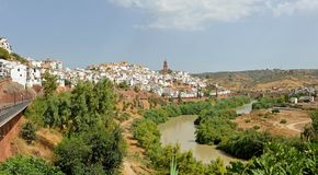 Panoramic view of Montoro and the Guadalquivir river, province of Córdoba, Andalusia, Spain. Montoro is one of the spanish villages where higher temperatures stock photos