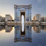 Montpellier-Regions-Hotel mit Reflexion bei Sonnenaufgang Stockfotos