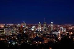 Montréal la nuit photo stock