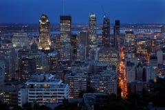 Montréal la nuit Photos libres de droits