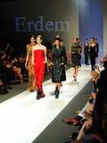 Montrare di modello progetta da Erdem ad Audi Fashion Festival 2011 Immagine Stock Libera da Diritti