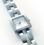 Montre-bracelet argentée photographie stock libre de droits
