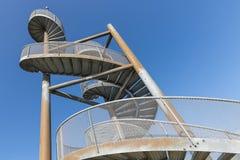 Montre-tour faite d'escaliers en spirale près de l'aéroport de Lelystad, Pays-Bas Image libre de droits