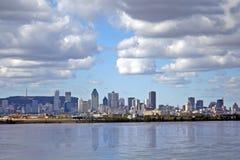 Montreal-Ansicht der Fluss. Stockfotos