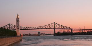 Montreal bridge. View of Jacques Cartier bridge in Montreal, Quebec by a nice autumn morning Royalty Free Stock Photos