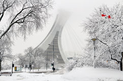 Montreal das Olympiastadion im Schnee Stockfotos