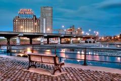 Montreal en la noche Imagen de archivo libre de regalías