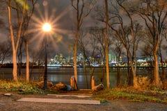 Montreal en la noche Foto de archivo libre de regalías