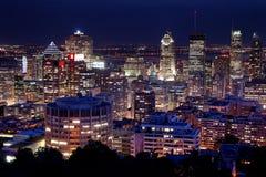 Montreal en la noche foto de archivo