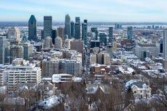 Montreal horisont från den Kondiaronk belvederen royaltyfria foton
