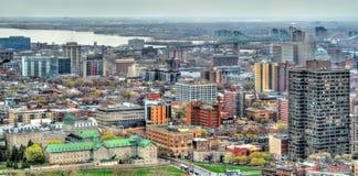 Montreal horisont från Mont Royal, Kanada Royaltyfria Bilder