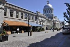 Montreal, il 26 giugno: Edificio della Marche Bonsecours sulla via di Saint Paul da Montreal nella provincia della Quebec del Can Fotografia Stock Libera da Diritti