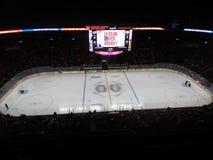 Montreal Kanada hem av Canadiensen Habs som spelar i den mittKlocka mitten (efter lek) royaltyfria foton