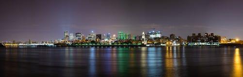 Montreal nattpanorama Arkivbild