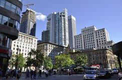 Montreal, o 27 de junho: Opinião do centro da rua Sainte Catherine de Montreal na província de Quebeque Foto de Stock Royalty Free