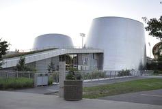 Montreal, o 27 de junho: Parque olímpico com Rio Tinto Alcan Planetarium de Montreal na província de Quebeque de Canadá foto de stock