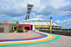 Montreal Olympic Stadium och torn Royaltyfri Foto